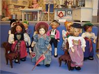 Puppen- und Spielzeugdoktor Karin Gugg