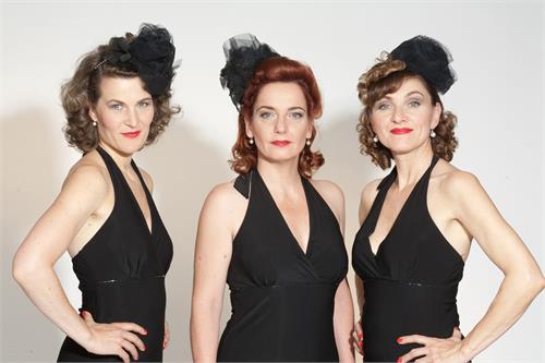 "Vienna Swing Sisters & The Moods – ""SILVER BELLS ... Swinging Christmas in the City"""